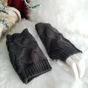 Gray knitted fingerless mittens